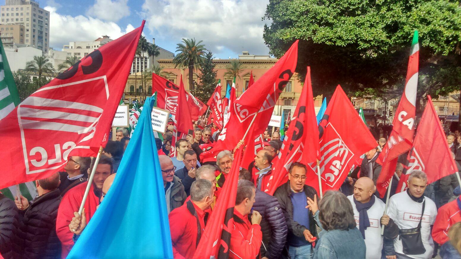 Tim, Manifestazione A Palermo Contro I Tagli
