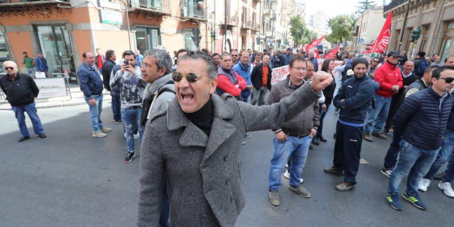 """""""Riaprite l'Ippodromo"""". Oggi la manifestazione in piazza della Slc Cgil e l'incontro in Prefettura"""