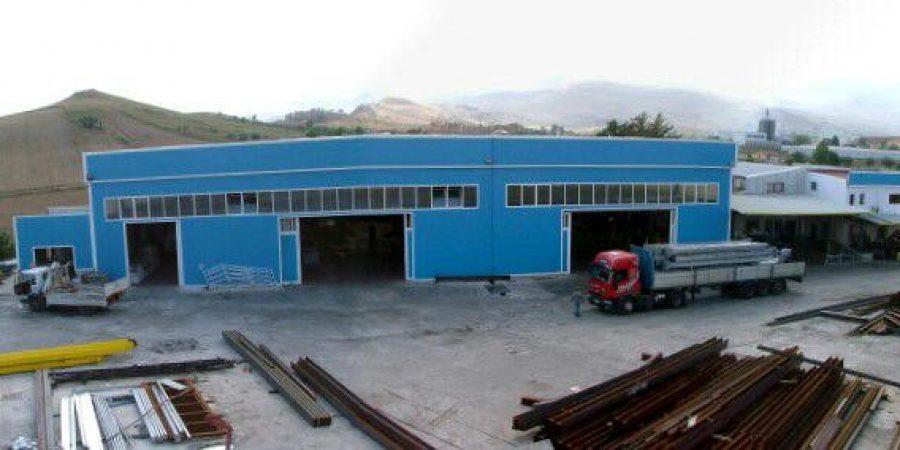 Zeta Zoo, sciopero di 8 ore oggi nella storica azienda di carpenteria metallica di Vicari. I 30 lavoratori non prendono lo stipendio da 3 mesi