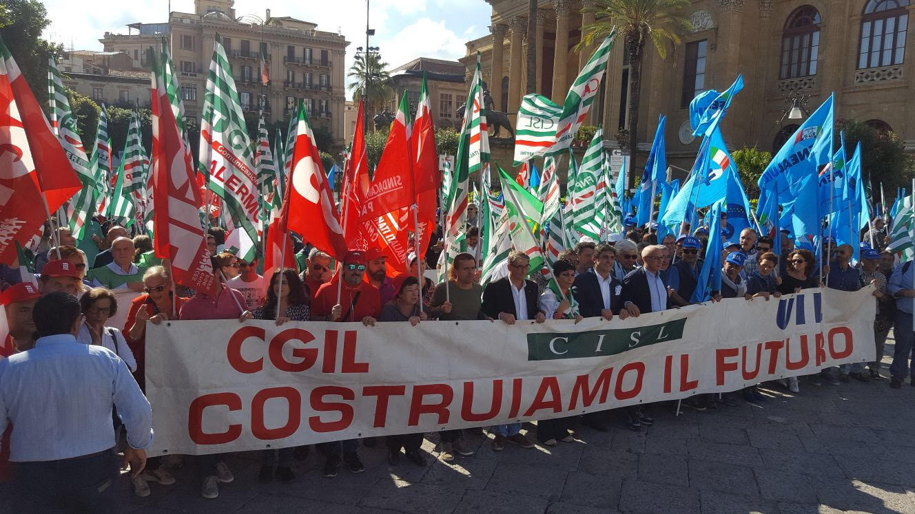 Cgil Cisl Uil Manifestazione Ottobre 2017